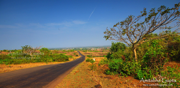 The Road from Nivati to Malvan