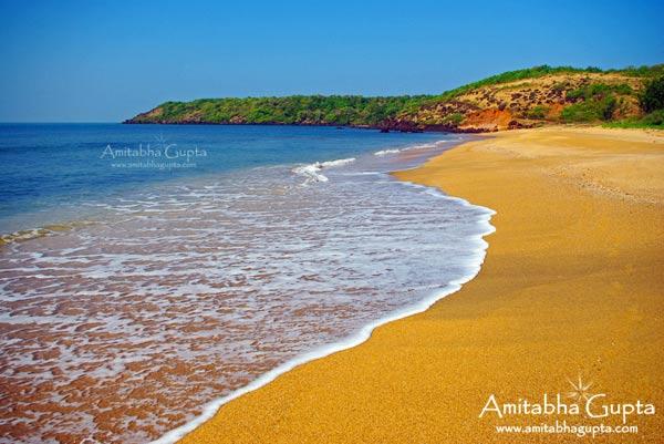 Tara Mumbri Beach