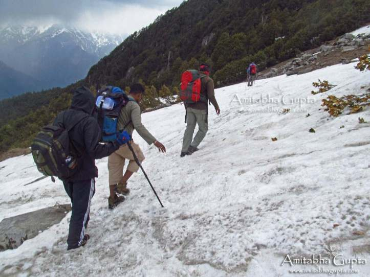 The final ice patch which took us to cross 40 minutes on our way to Jogi Dug